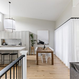 The Condo – Dining + Kitchen